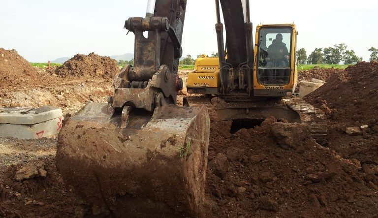 עבודות עפר (Medium)